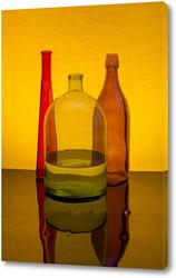 Постер Натюрморт с цветными бутылками