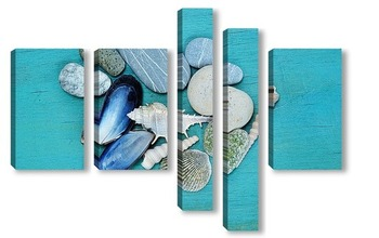 Модульная картина ракушки и камни на голубой деревянной поверхности